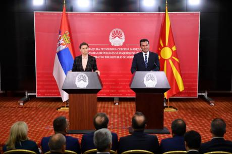 Заев на средбата со Брнабиќ: Двете земји се со блиски, пријателски и традиционално добри односи