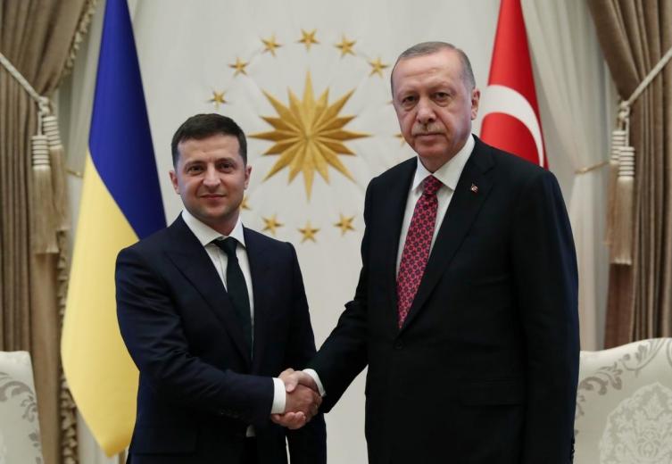 Ердоган до Зеленски: Турција не ја признава незаконската анексија на Крим