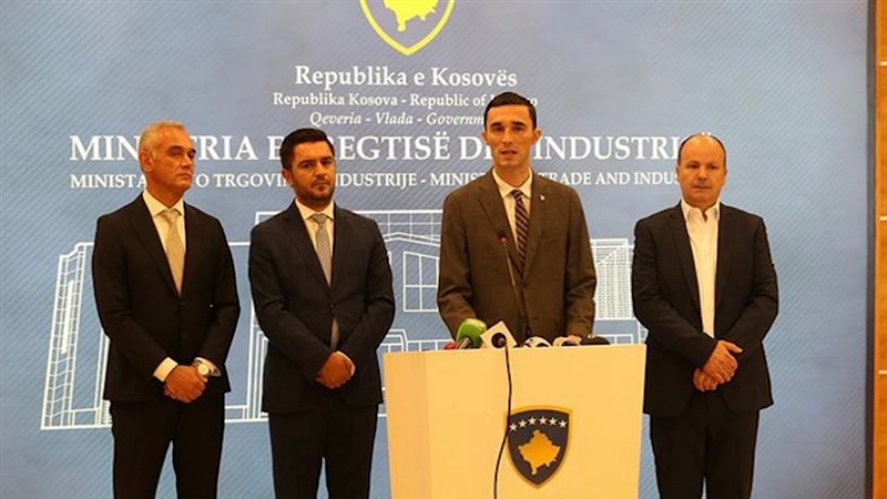 Продолжува забраната од Косово за извоз на македонски компир и мед