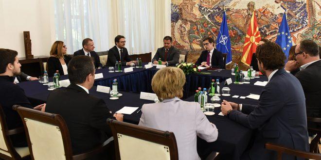 Пендаровски прими делегација од Американската стопанска комора во Македонија