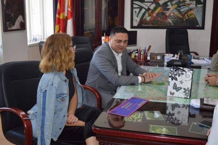Општина Кавадарци со голема поддршка за девојчето кое остана без родители