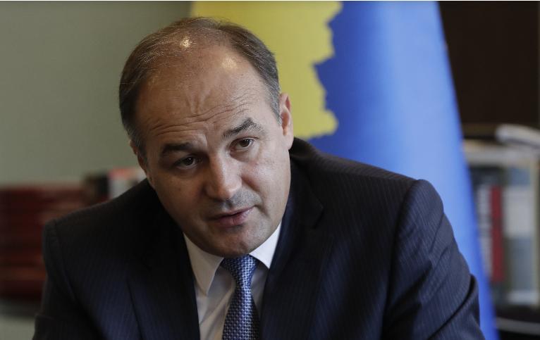 Хоџај: Уште десет земји може да го повлечат признавањето на Косово