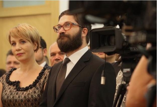 Игор Дурловски и неговата сопруга отвораат своја Академија