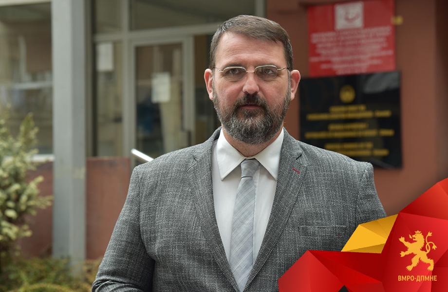 Стоилковски го предизвика Костадинов јавно да праша што бара Петровска на партиски состаноци