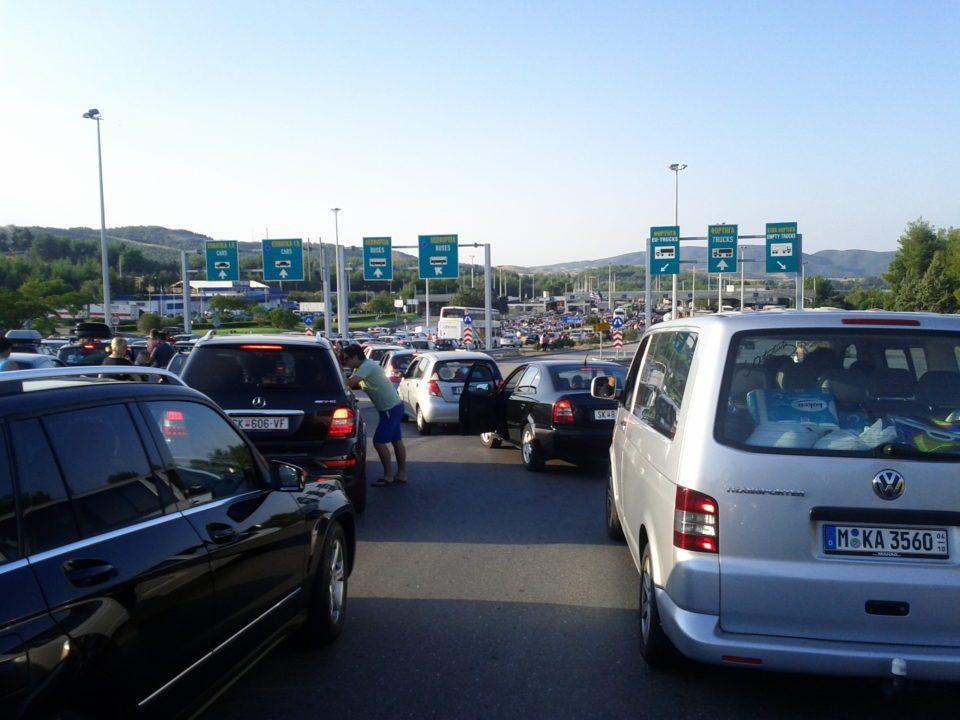 Колона на Богородицa: Илјадници македонци ќе го слават 8-ми септември на грчките плажи