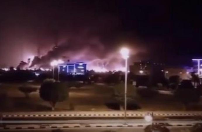 (ВИДЕО) Дронови и ракети ги разнесуваат нафтените постројки во Саудиска Арабија