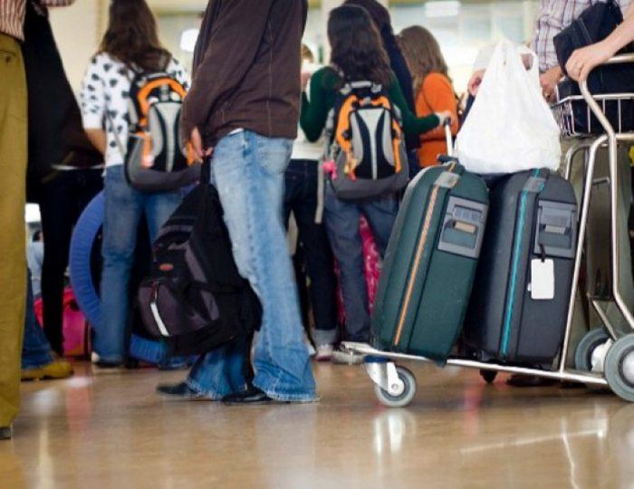 Истражување: Еден иселен млад човек Македонија ја чини речиси 16.000 евра годишно