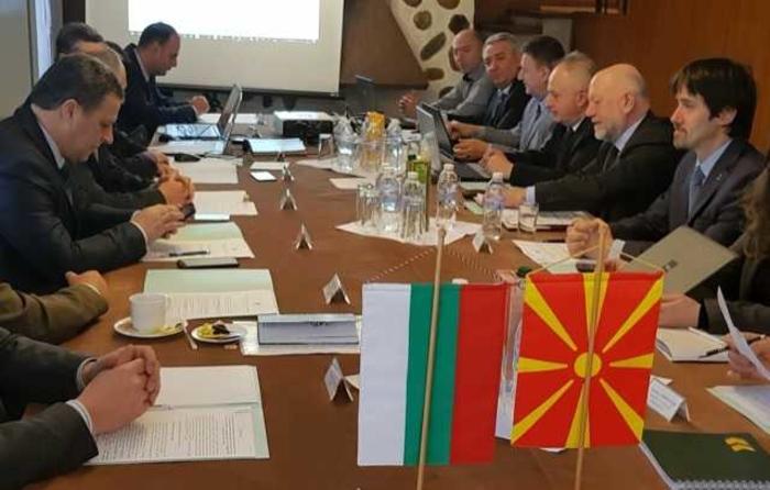 Македонско-бугарската комисија денес во Охрид ќе бара решение за отворените историски прашања