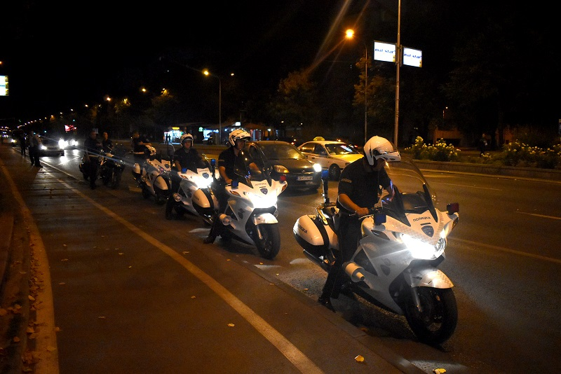 (ВИДЕО) Полицијата синоќа во лов по моторџии – казнети над 100 возачи
