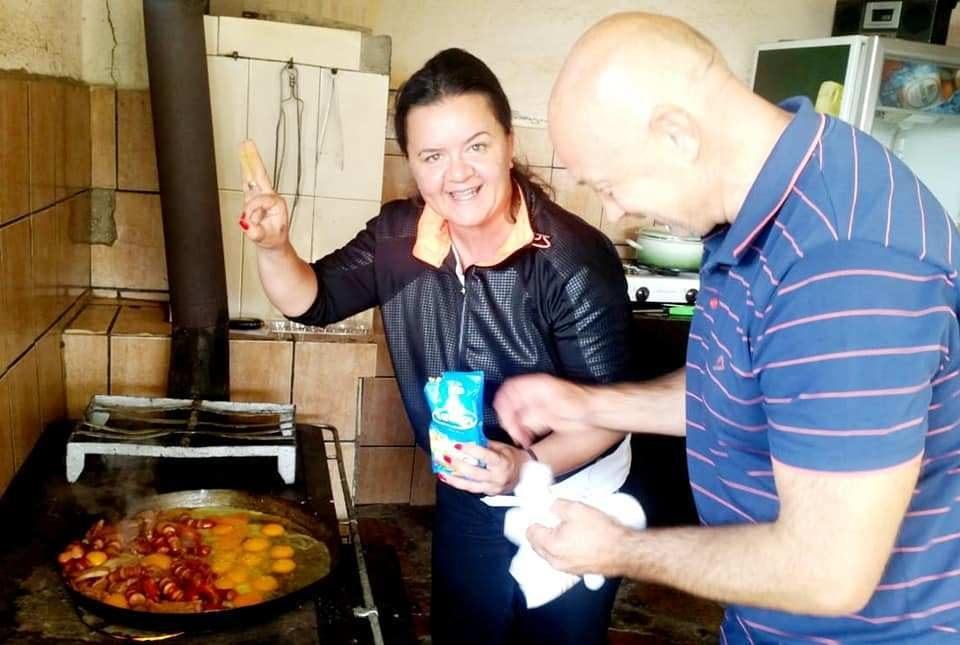 (ФОТО) Фросина Ременски зготви малешевски спцијалитет