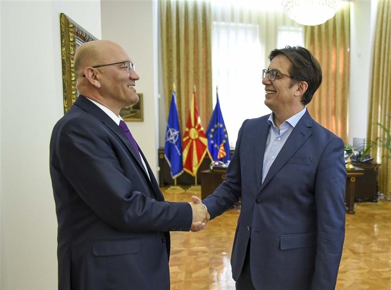 Пендаровски се сретна со Зоран Јанковиќ, шеф на Канцеларијата за врски со НАТО во Скопје