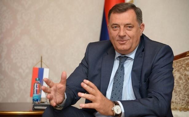 Додик: Никаков документ што прејудицира членство во НАТО не е усвоен на денешната седница