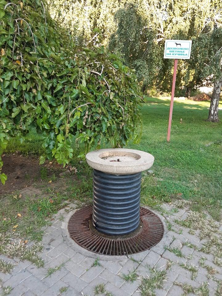 """Велешани реагираа на ,,новата иновација"""": Градски фонтани со цевки за фекална канализација"""