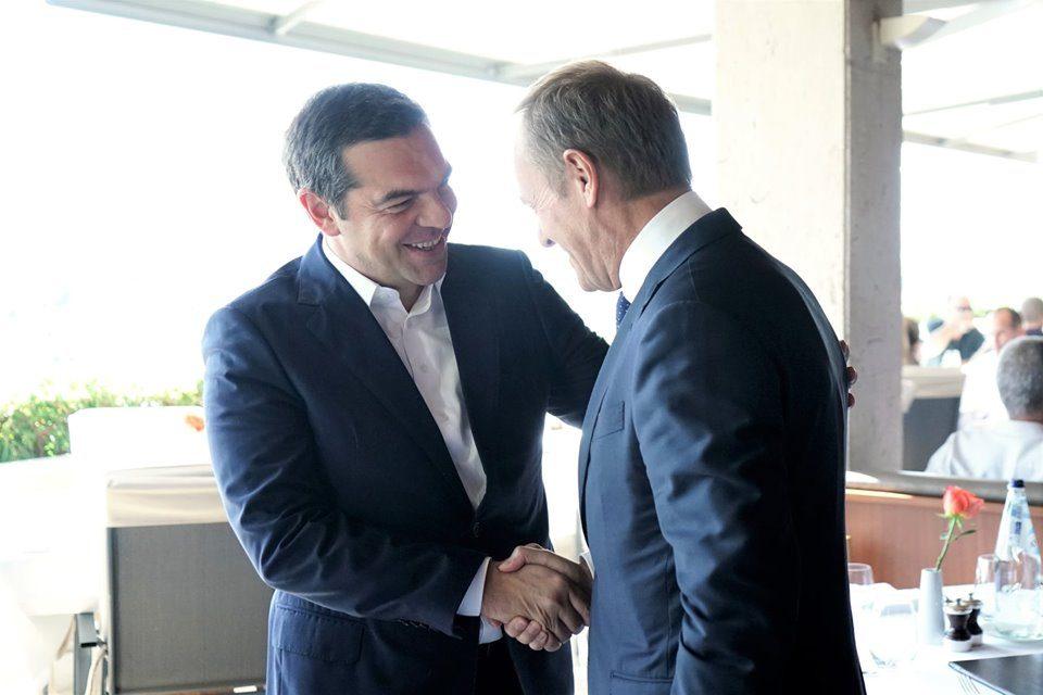Ципрас на Туск му ја истакнал важноста за почнување пристапни преговори за Македонија и Албанија