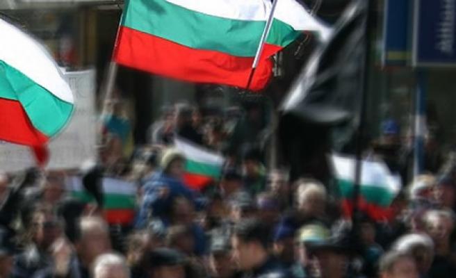 """""""Велт ам Зонтаг"""": Многумина Бугари имаат чувство дека живеат во мафијашка држава"""