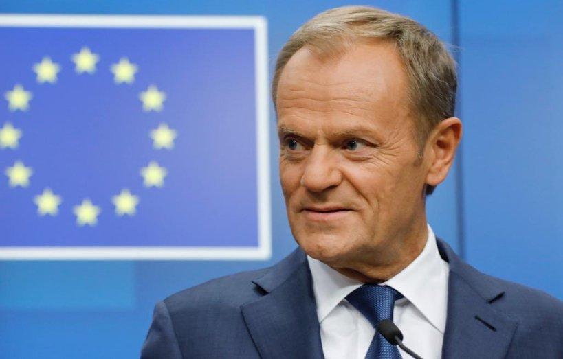 Туск му ги предаде претседателските надлежности во Европскиот совет на својот наследник Шрал Мишел