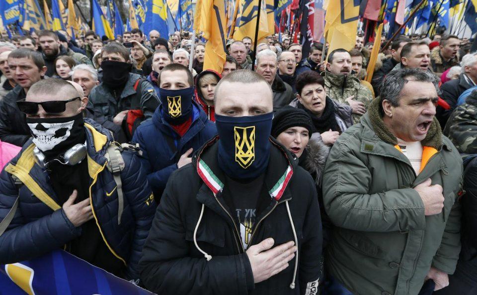 Полицијата се распореди околу Киев: Собир на екстремната десница и националистите во знак на протест