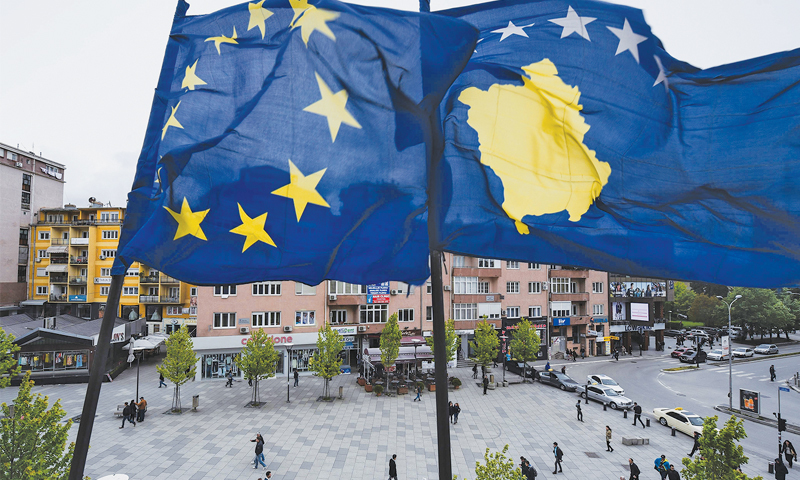 """Повеќе од пола Албанци на Косово против укинување на царините за српски производи, речиси сите Срби """"за"""""""