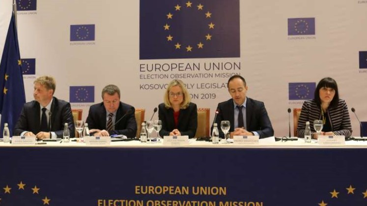 Мисија на ЕУ: Изборите во Косово се добро водени, заплашување во српските средини