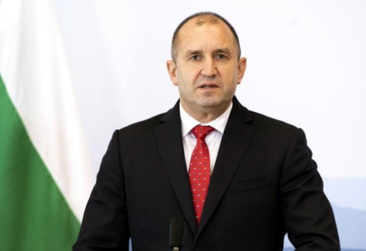 Радев: Бугарија не треба да ја пропушти историската шанса да го штити воздушниот простор на С.Македонија