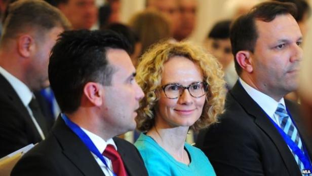 Шекеринска во одбрана на Заев: Треба да им простиме на Бугарите