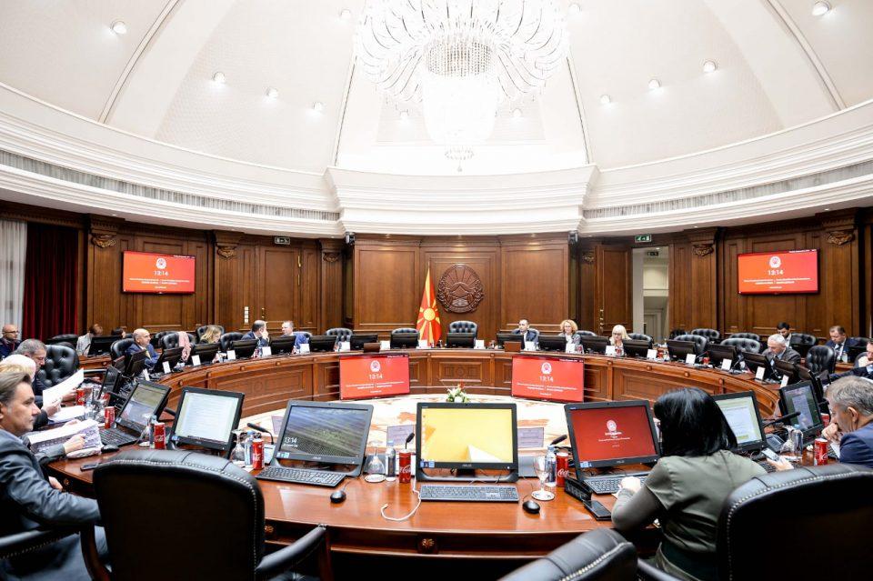 Шест милиони денари првична помош за Албанија