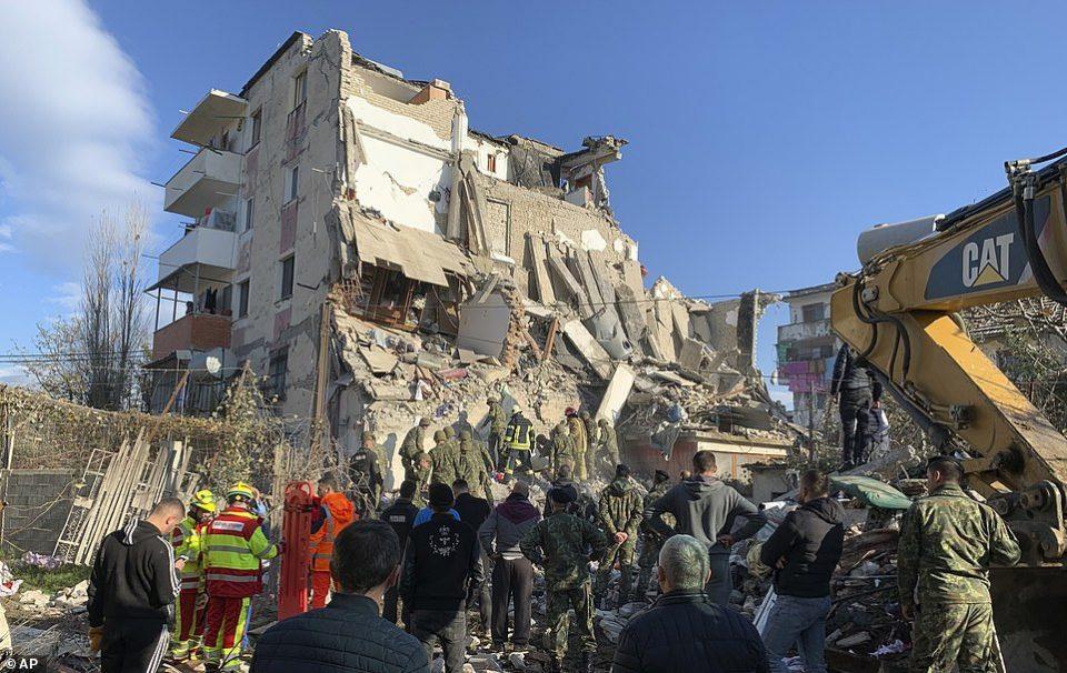 Штетата од земјотресот во Албанија изнесува над 985 милиони евра