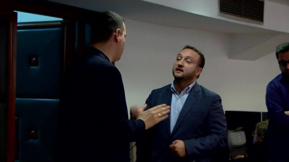 (ВИДЕО) Ѓорчев до Кирацовски: Ги кршите сите закони, незаконски ја затворивте архивата во Собранието и давате наредби за бришење ленти