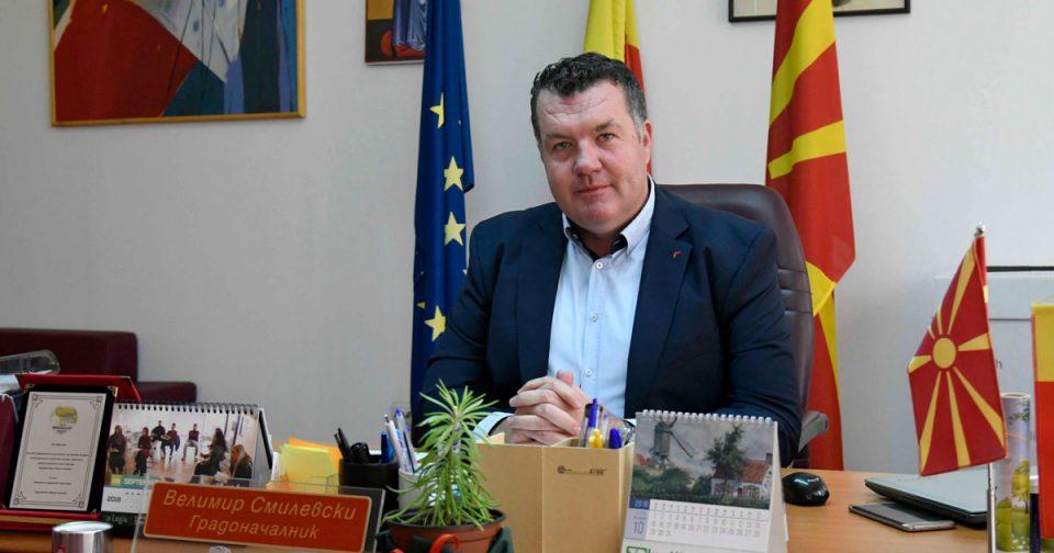 Градоначалникот Смилевски негира: Инцидентот во Бутел нема врска со мене, тепачот не ми е телохранител