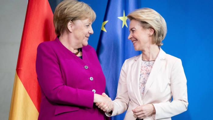 Фон дер Лајен и Меркел: Да се надмине француската блокада во ЕУ за Македонија и Албанија