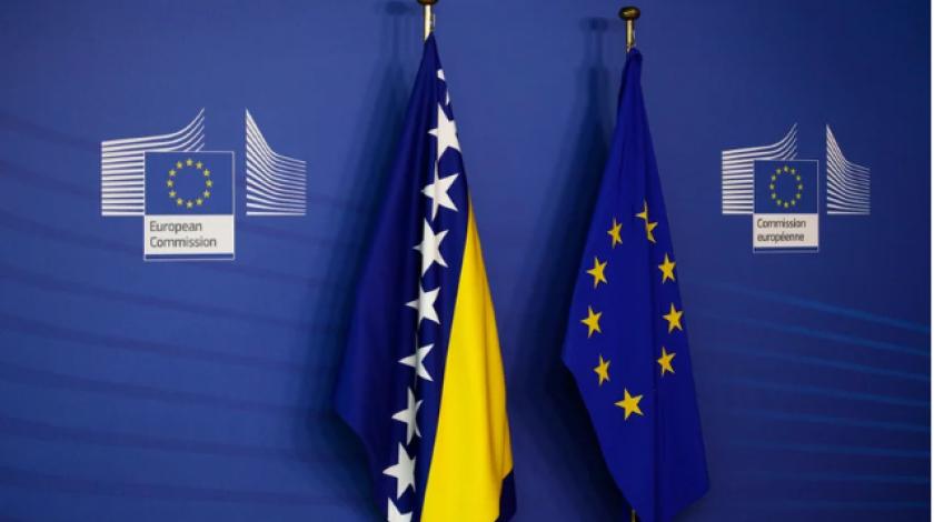 Француски десничар во Европскиот Парламент не ја сака БиХ во ЕУ и бара стопирање на проширувањето