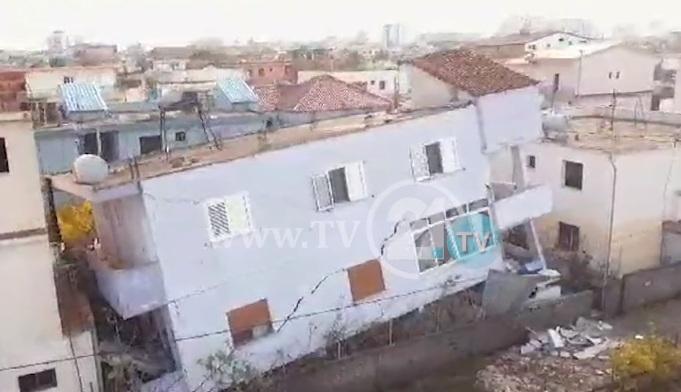 (ВИДЕО ОД ДРОН) Страшни сцени од земјотресот во Драч