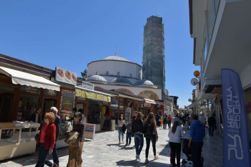 Жена се соочува со казна од 3.000 евра: Наместо во изолација се прошетала низ Охрид