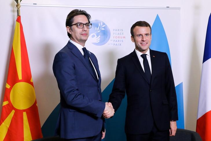 """Пендаровски за париски """"Ла Кроа"""": Цели 14 години сме во чекалната на ЕУ"""