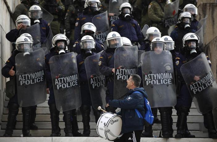 Силни безбедносни мерки за годишнината од студентскиот бунт против хунтата во Атина