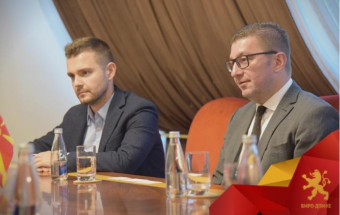 Мицкоски денеска оствари средби со амбасадорите на Грција и Кина