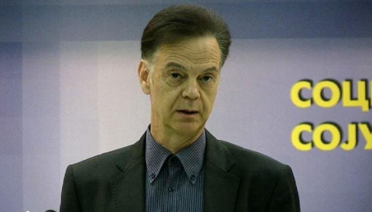За две и пол години Мирослав Грчев од Владата и Министерство за култура добил 17 илјади евра