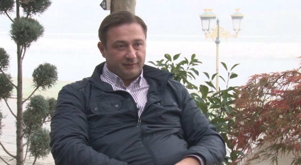 Дуковски: Ако не се дозволи извоз, канабисот ќе го истуриме пред Влада и нека го јадат кравите