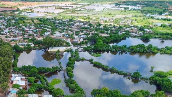 Над еден милион луѓе погодени од поплавите во Источна Африка