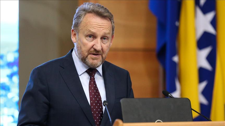 Изетбеговиќ: БиХ нема да влегува во НАТО ако тоа не го сакаат Србите и Република Српска