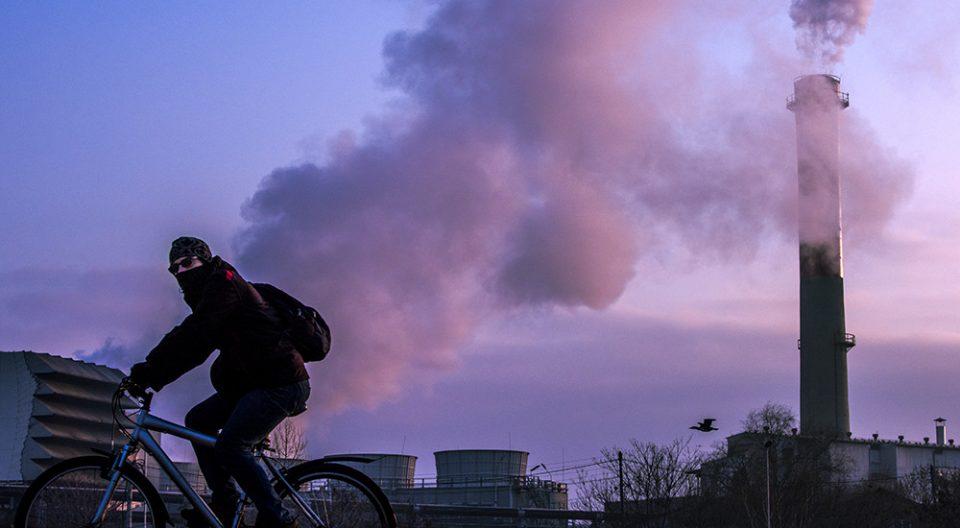 Изречени глоби и забрани при засилените контроли за спречување на аерозагадувањето