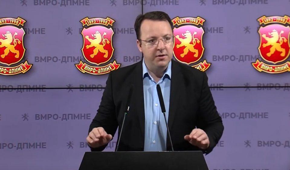 Николоски: Амбасадите се полнат не со стручни кадри, туку со кадри блиски до актуелната власт