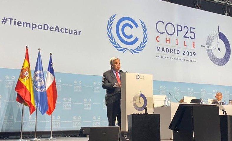 Гутереш порача дека светот треба да избере дали ќе капитулира пред климатското пореметување