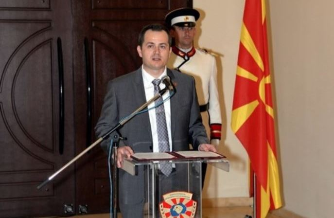Ковачки нов министер за внатрешни одликуван за Македонија