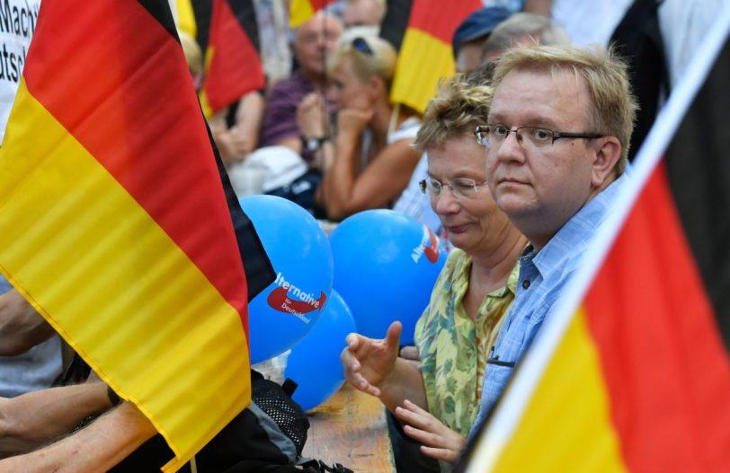 Мнозинството Германци не сакаат во случај на војна да ги штити САД, поддржуваат поблиски врски со Русија