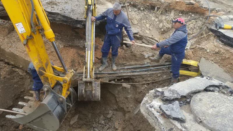 "Поради уличен дефект без вода корисниците на булеварите ""Крсте Мисирков"" и ""Св. Климент Охридски"""