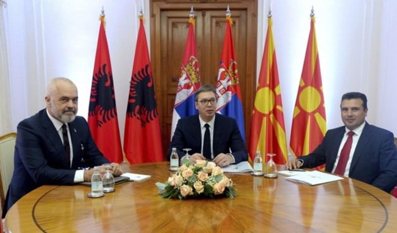 """Косовските партии бараат од Рама да го откаже самитот за """"мини-Шенгенот"""""""