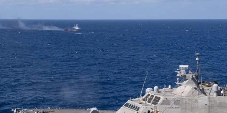 Американски воен брод потопи брод во Атлантикот