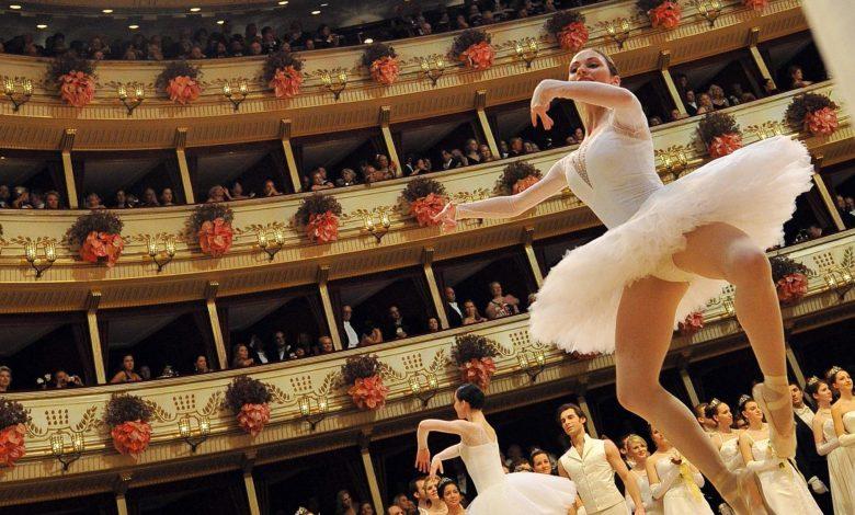 Скандал во виенската балетска академија – ги терале децата да пушат за да бидат слаби