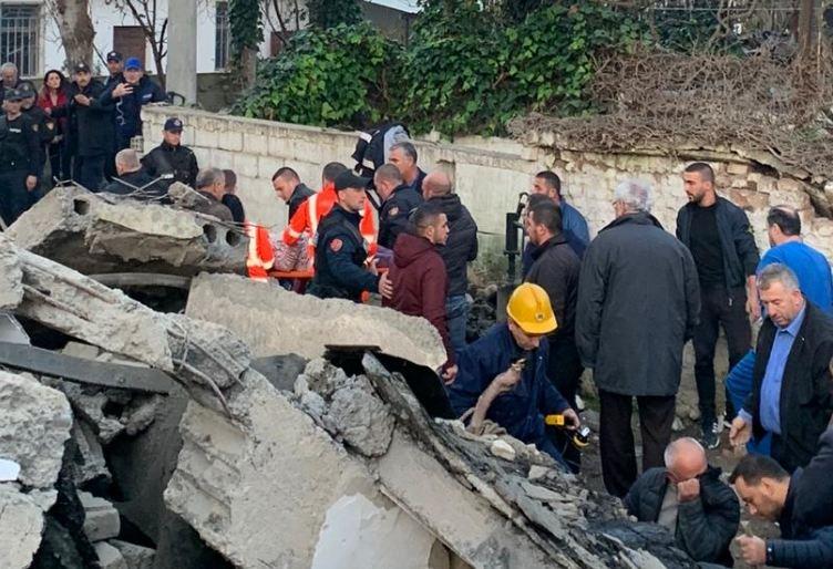 По земјотресот во Албанија се евакуирани 3.135 луѓе, а се уништени 5.497 куќи